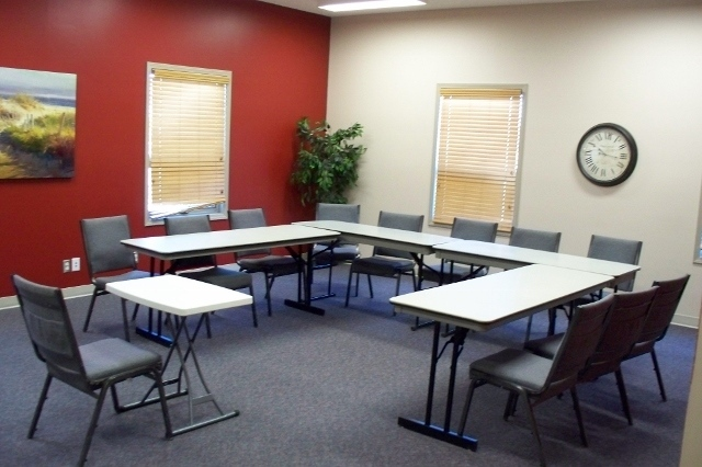 meeting-room-100a-640x426