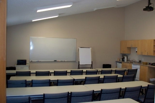 meeting-room-115-640x426